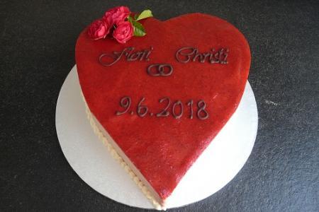 Tortenbär Hochzeitsherz Torte bestellen Bad Nauheim.JPG
