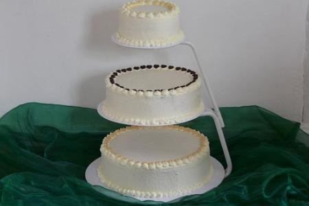 Tortenbär Hochzeitstorte bestellen Bad Nauheim Zu1.JPG