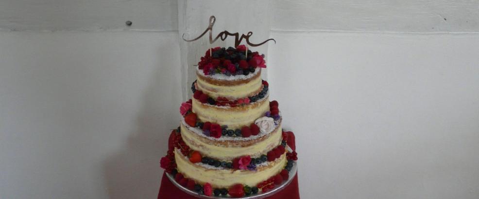 Tortenbaer Hochzeitstorte bestellen Friedberg Kleri4.jpg